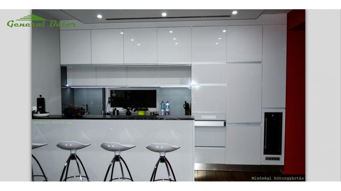 Egyedi igényre tervezett minőségi bútorok, és tolóajtó rendszerek ...