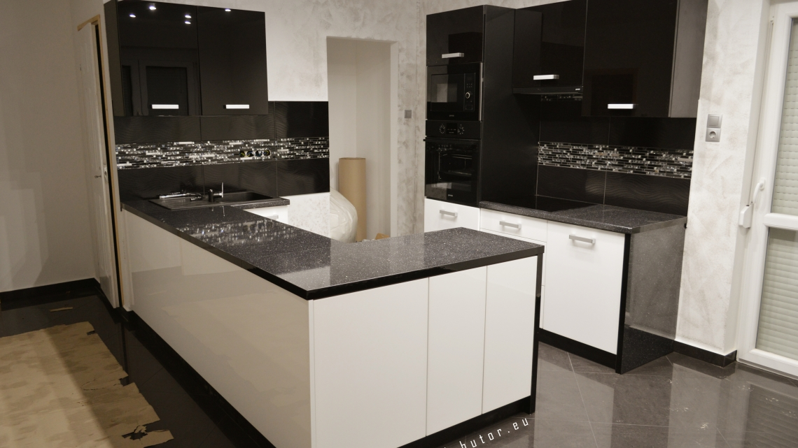 Egyedi igényre tervezett bútorok, és tolóajtó rendszerek gyártása, kivitelezése  General Bútor.